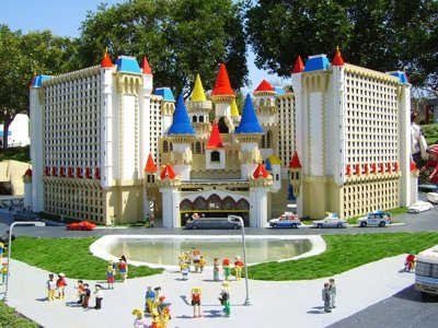 3 Tempat Wisata Di Johor Bahru Malaysia : Legoland, Little Big Club, Hello Kitty Town