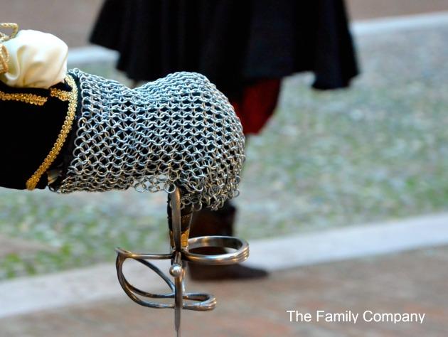 Carnevale Rinascimentale di Ferrara Mano di un Cavaliere